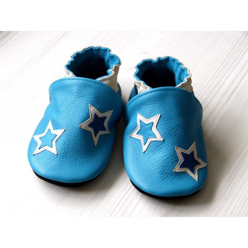 Chaussons en cuir souples - Bleus et étoiles. Fait main et unique.