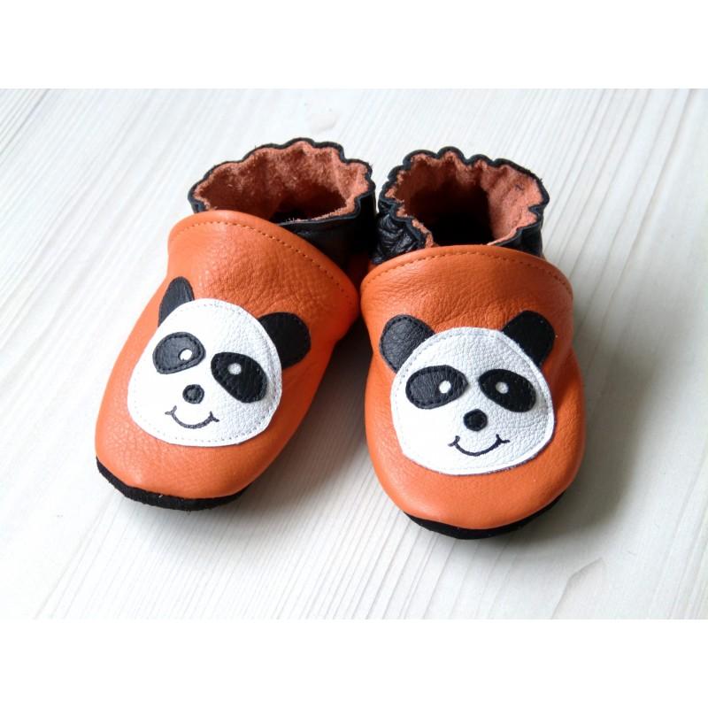 Chaussons en cuir souple - Pandas oranges. Fait main et unique.