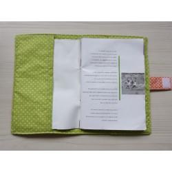 Protège carnet de santé : Printemps. Original et matelassé