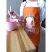 Tablier fille : Poupette orange. Idéal cuisine, jardin, loisirs.