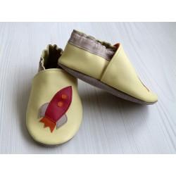 Chaussons en cuir souple - Fusée jaune. Antidérapants et résistants